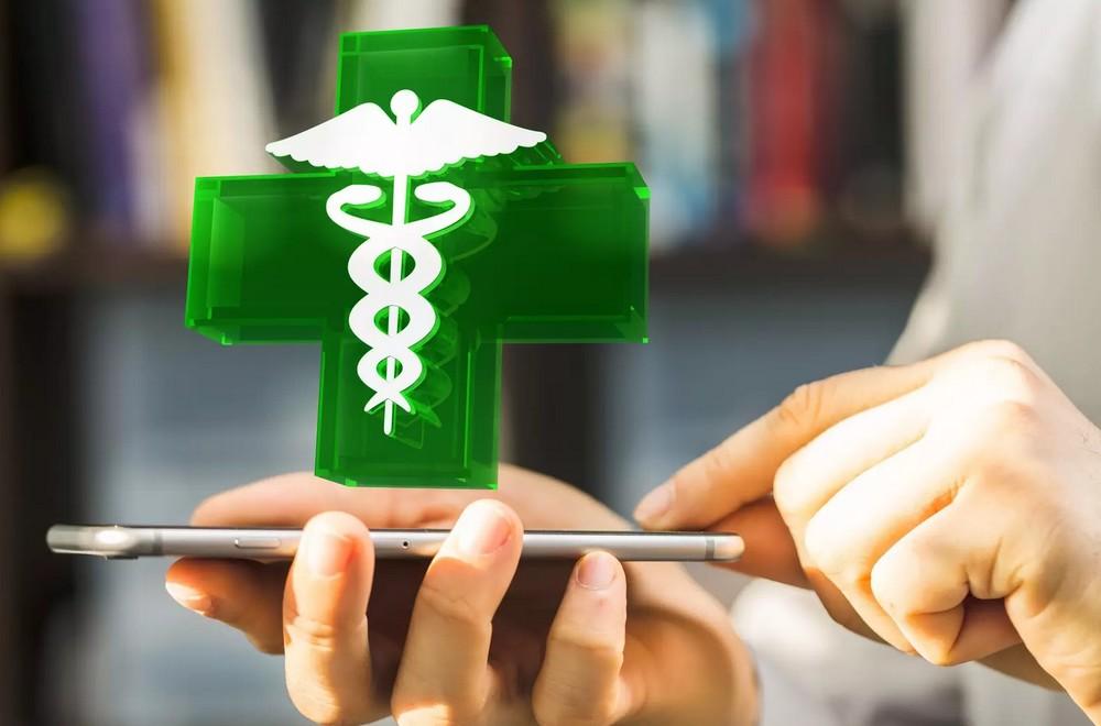 Pharmacie en ligne : avantages et précautions